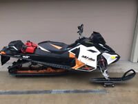 2011 Skidoo 800 Summit XP $6,900.00 o.b.o.
