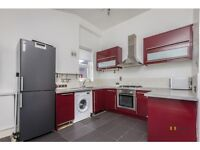 2 bedroom flat in Cavendish Road, Kilburn, London, NW6