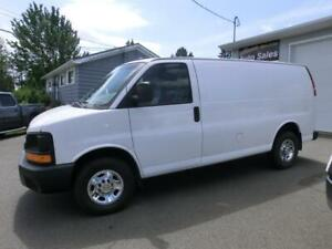 2013 Chevrolet Express 2500 Cargo Van 4.8 ONLY 90000 KMS