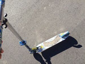 Hot Wheels Scooter