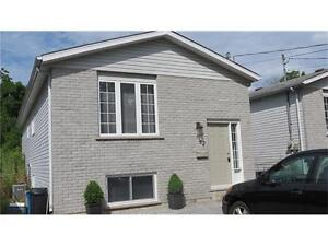 Room available in a NEW house on direct route to Brock (5 min)