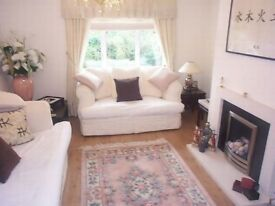 3 double bedroom FLAT with GARDEN near Brookfield Shops