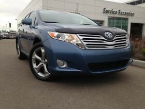 2010 Toyota Venza V6 Dual Sunroof, Backup Camera, Bluetooth