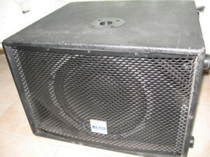 sub woofer amplifier