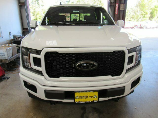 Owner 2020 Ford F-150 Lariat 5985 Miles Oxford White Crew Cab Pickup Twin Turbo Regula