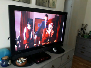 Samsung 47 inch tv with remote