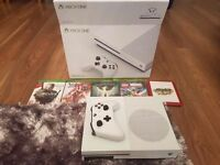 Xbox One S 500gb and 5 games