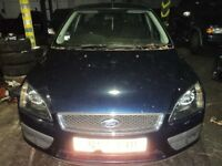 FORD FOCUS MK2 1.6 PETROL 2006 INK BLUE AN DRIVERS DOOR**breaking for spares**