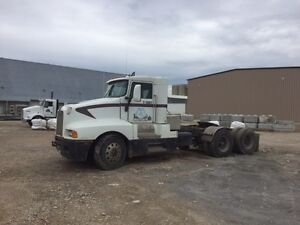 KENWORTH T600B WELL-MAINTAINED