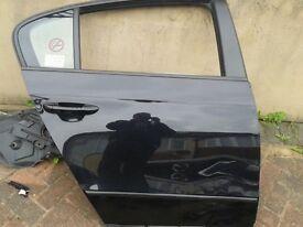 Passat b7 rear door