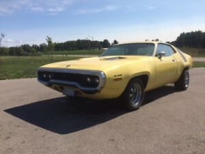 1971 Plymouth  Roadrunner  - 440 Auto Starts and Drives