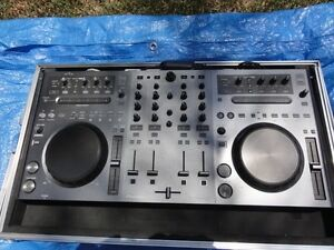 Pioneer DDJ-T1 controller and aluminium flight case Kings Langley Blacktown Area Preview