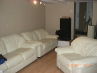 East end lower 1 bedroom avail for Dec 1st