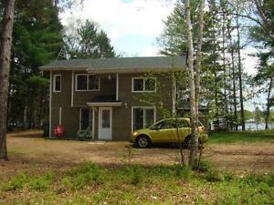 Nominingue - bord du lac Ste-Marie, cottage 3 c.à c.