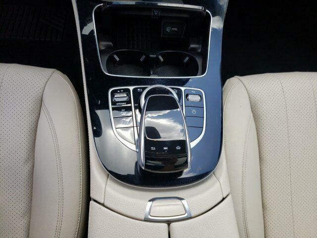 Image 11 Voiture Européenne d'occasion Mercedes-Benz E-Class 2017
