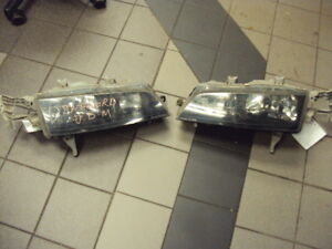JDM 1993-1997 HONDA ACCORD BLACK HOUSING HEAD LIGHT USED PAIR