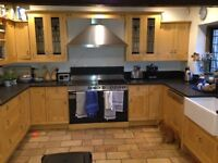 Solid Oak Shaker Kitchen INC. Granite Worktop PLUS Butler's Sink - PICK UP ONLY - GREAT CONDITION