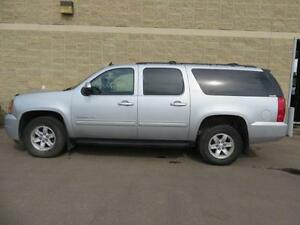 2013 GMC Yukon XL SLT, 8 PASSENGER,5.SL V8, LEATHER, SUNROOF