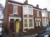 3 bedroom flat in Greystoke Avenue, Sandyford, Newcastle Upon Tyne, NE2