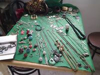 JOB LOT OF COSTUME JEWELLERY. RINGS, BRACELETS, CHAINS, NECKLACES ETC