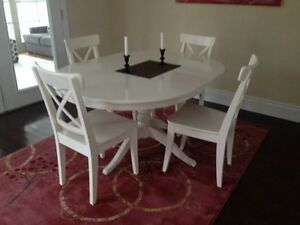 IKEA White Dining Table with 4 chairs
