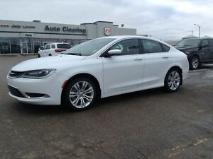 2015 Chrysler 200 Limited 3.6L