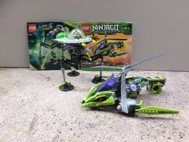 Lego Ninjago 9443, Rattlecopter and Lego Alien Conquest 7051 Tripod Invader