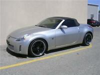 2004 Nissan 350Z 6 SPEED MANUAL, BLK LEATHER. CONVERTIBLE