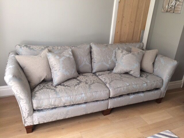 Ashley manor bentley furniture village vantage 4 seater for Furniture village sofa