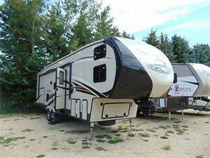 2016 Sandpiper 32QBBS Fifth Wheel