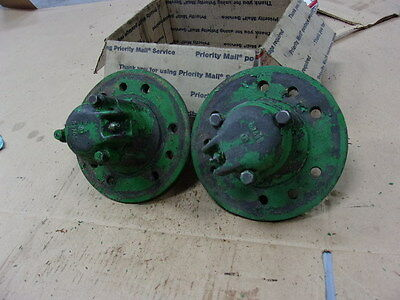 John Deere B Front Wheel Hubs B918r Selling As A Pair