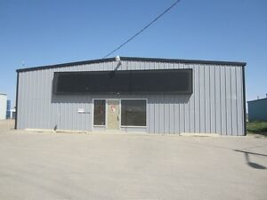 Commercial building on 1 acre located in Taber