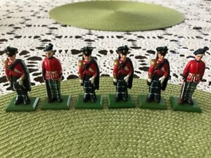 Antique Toy Soldiers.  5.5 to 7 mm tall.