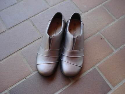 New Womens Shoes Size 9 Comfort Expression