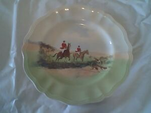"""Royal Doulton """"In the Vale"""" Horse / Equestrian Plate 10 1/2"""""""