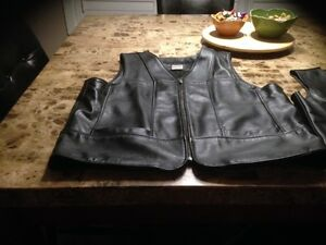 LEATHER RANCH HEAVY MENS VEST GOOD QUALITY