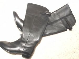 black leather dress boots - Le Chateau Kitchener / Waterloo Kitchener Area image 1