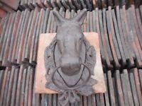 HORSE HEAD CAST IRON HORSE HEAD