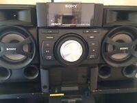 Sony Hi-Fi stereo 100w CD, FM iPod/iPhone 1,2,3,4 dock