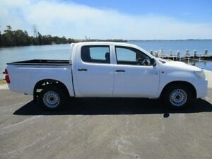 2011 Toyota Hilux KUN16R MY12 SR White 5 Speed Manual Dual Cab Pick-up Horsley Wollongong Area Preview