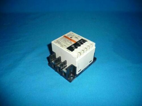 Fuji Electric SS203-3-D3 Solid State Contactor with Heat Sink 30 Day Warranty U5