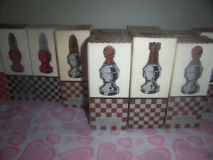 Avon chess pieces Kingston Kingston Area image 2