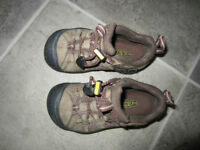 waterproof shoes size 10
