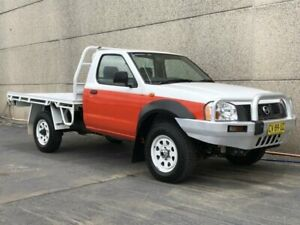 2002 Nissan Navara D22 DX (4x4) White 5 Speed Manual 4x4 Cab Chassis Revesby Bankstown Area Preview