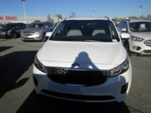 2018 Kia Sedona LX | Cloth | Backup Camera | Heated Seats