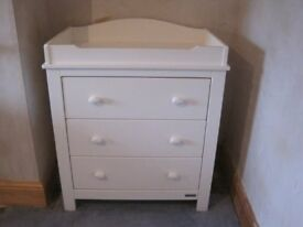 Mamas & Papas Willow dresser with changing station