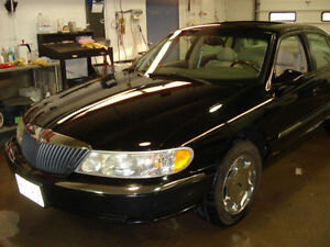 One Great 1999 Lincoln Continental Sedan w/ awesome tires