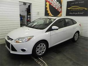Ford Focus SE 2014 * Toit ouvrant * Bancs chauffants/ heat seats