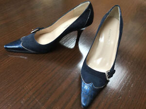 Ramon Tenza designer pumps size 5 navy leather