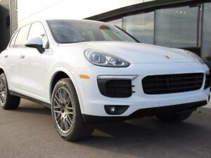 2017 Porsche Cayenne Platinum Edition | 20'' Wheels | Bose Audio